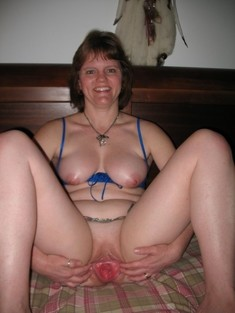 Juicy old vagina amateur pictures