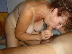 Freaky mature whore takes big pack of..